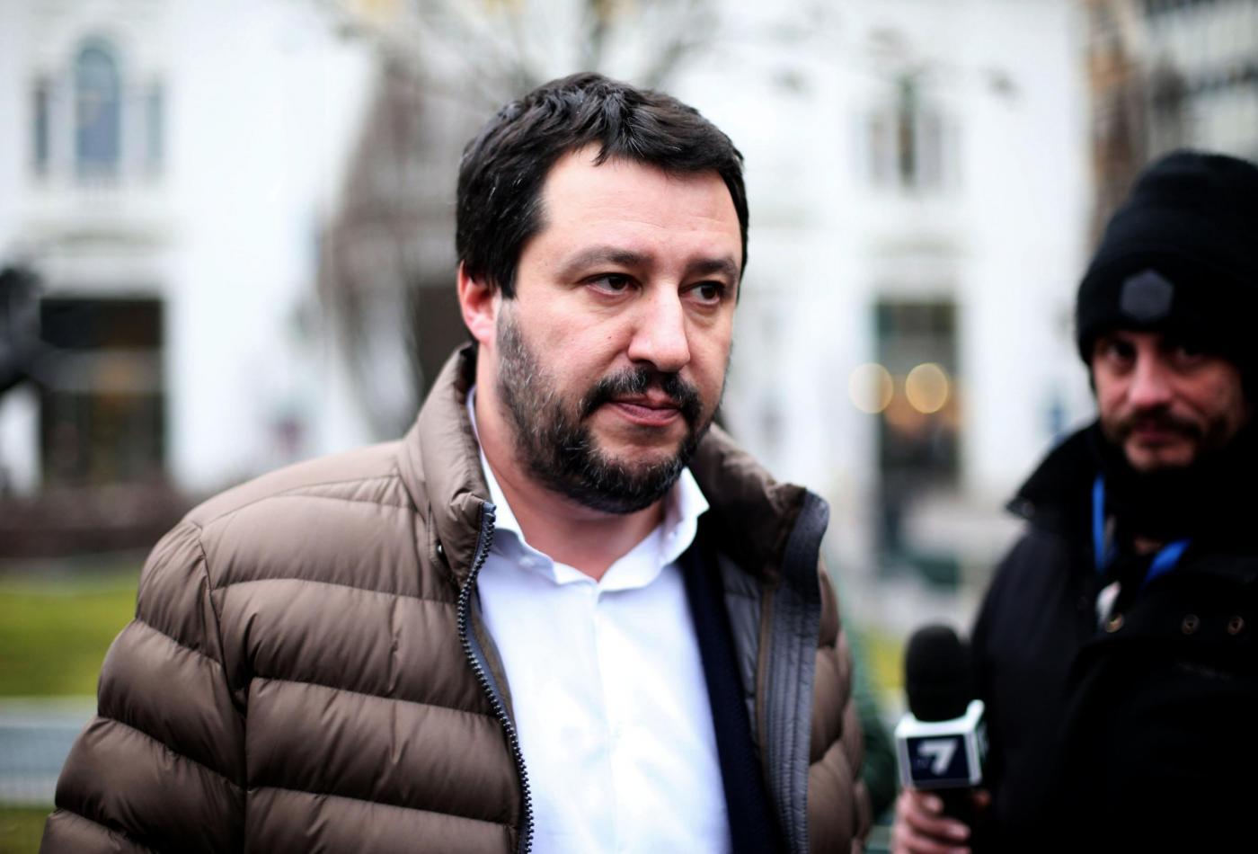 Salvini contro i migranti: «Ci vuole una pulizia di massa anche in Italia»