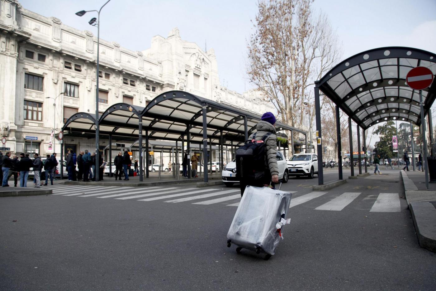 Milano sciopero generale trasporti mezzi pubblici