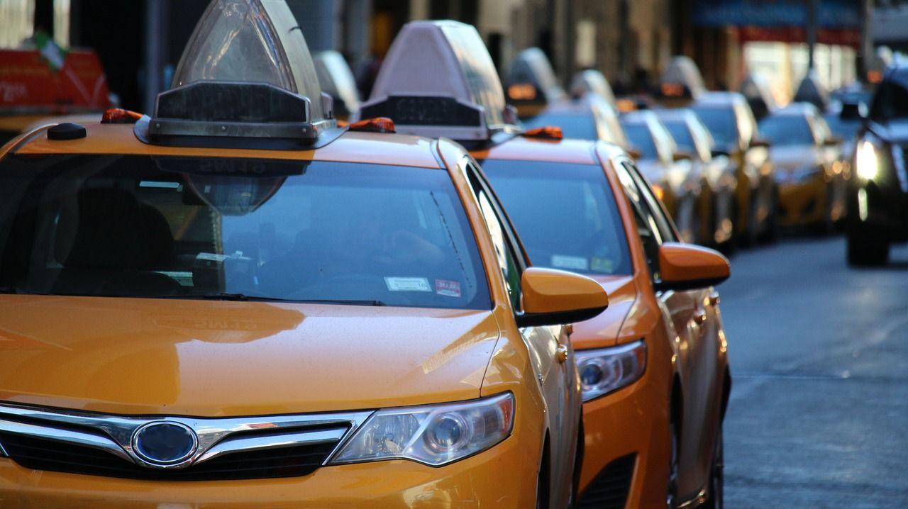 Uber, hacker rubarono milioni di dati