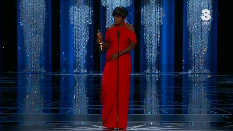 Oscar 2017, Viola Davis vince come miglior attrice non protagonista con Barriere