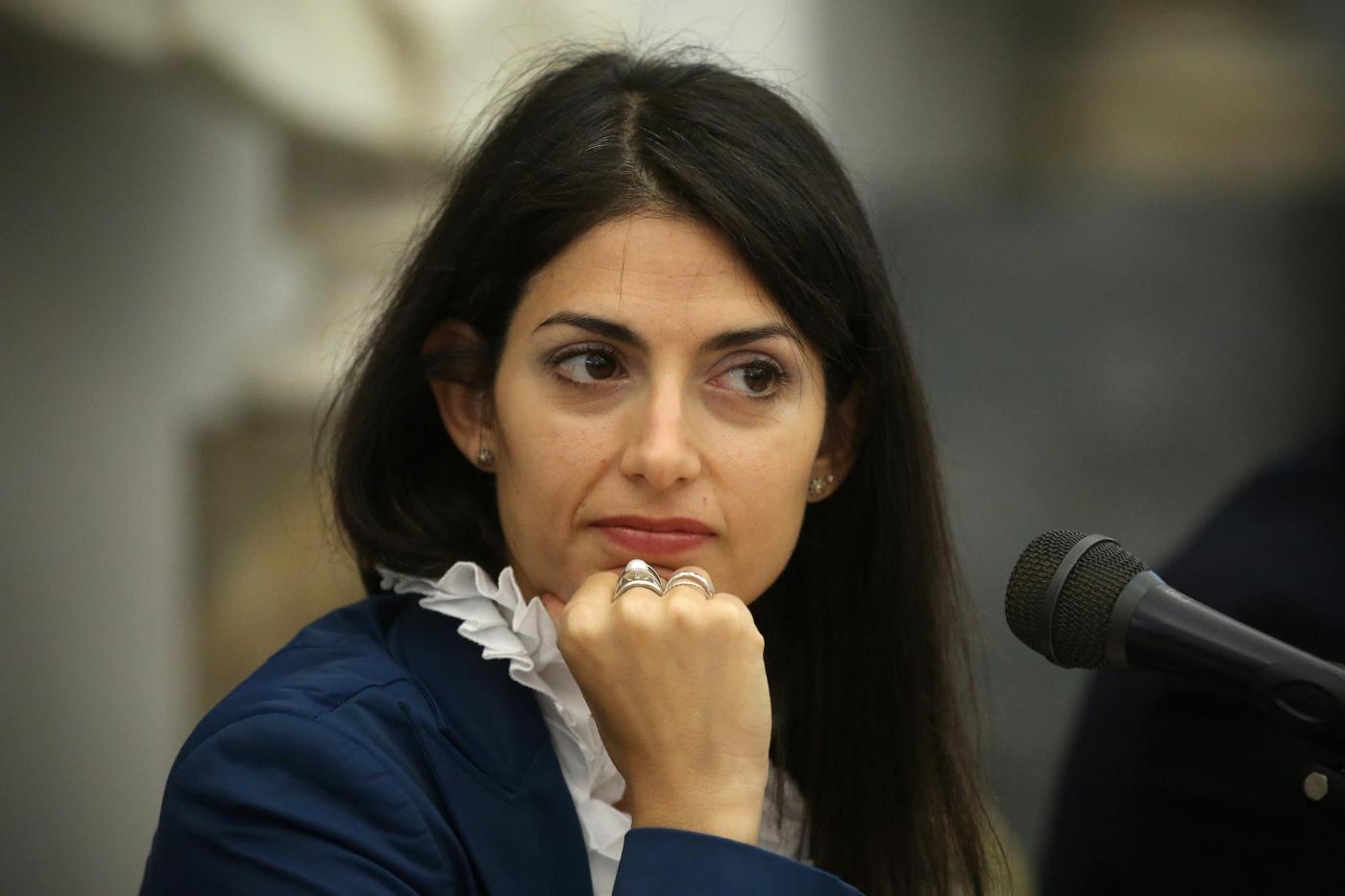 Virginia Raggi dimagrita: non regge lo stress di amministrare Roma?