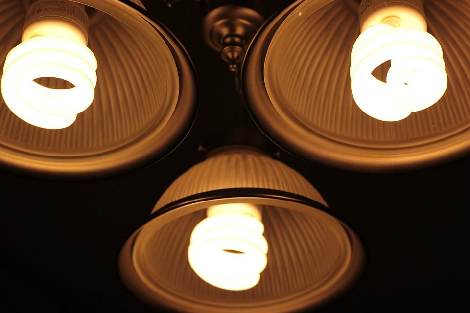 come ridurre consumo energia elettrica