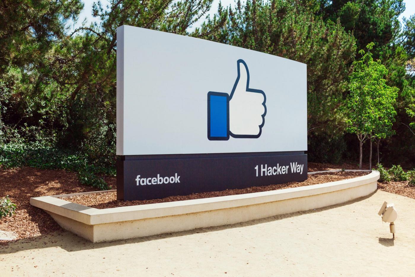 """Facebook """"like"""" button alternative"""