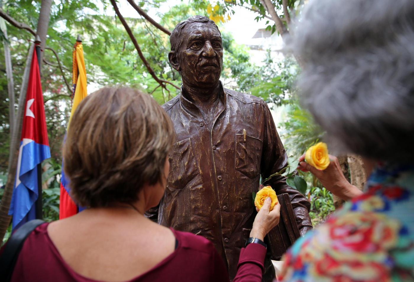 Gabriel García Márquez: a Cuba una statua in onore dello scrittore