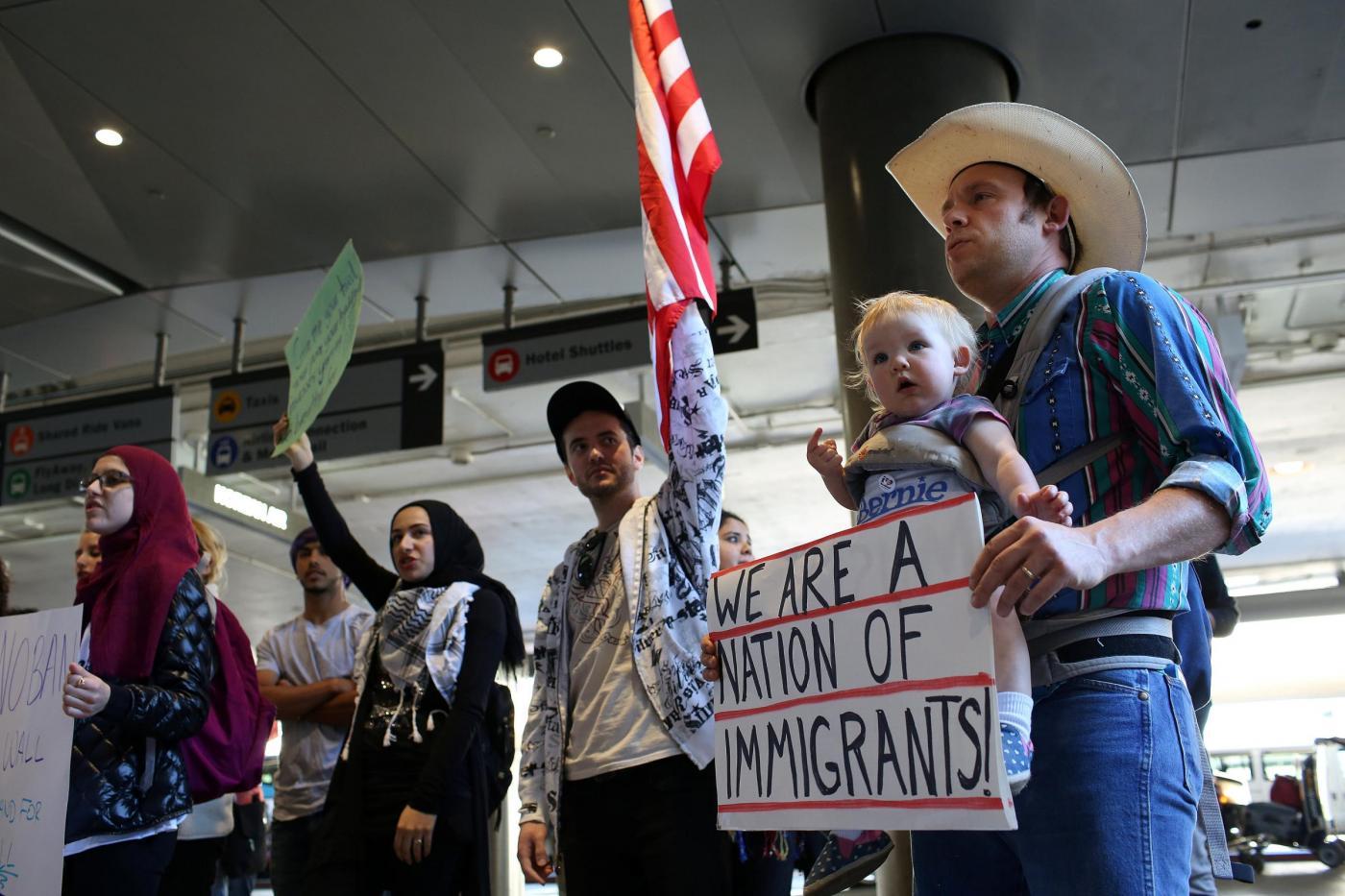 Stop immigrati Usa: «Mia madre è morta per colpa di Trump»