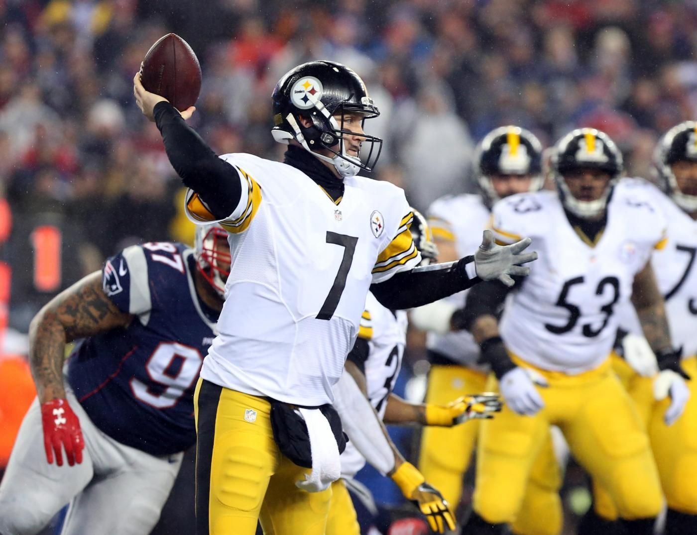 Football NFl, i New England Patriots battono Pittsburgh e volano al Superbowl