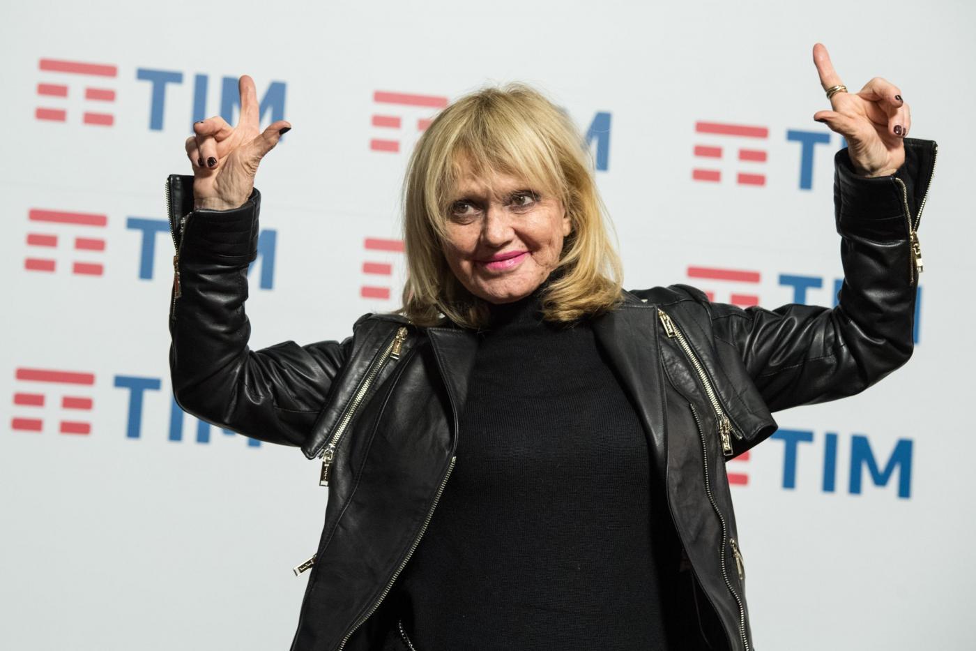Festival di Sanremo 2017: Rita Pavone riceve il Premio alla Carriera