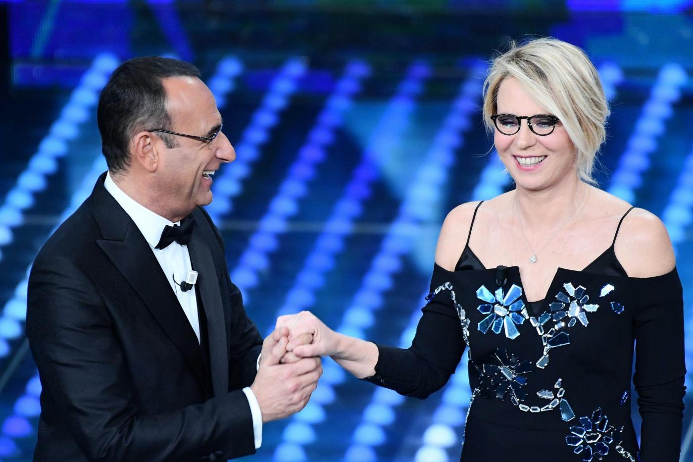 Sanremo 2017, Maria De Filippi e Carlo Conti accontentano The Jackal: parola d'ordine 'termostato'