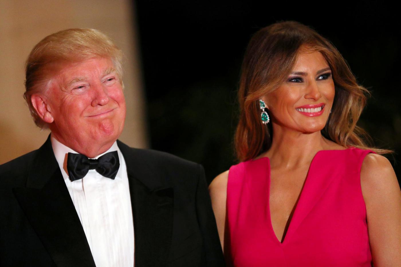 Donald e Melania Trump alla cena di Gala della Croce Rossa a Palm Beach