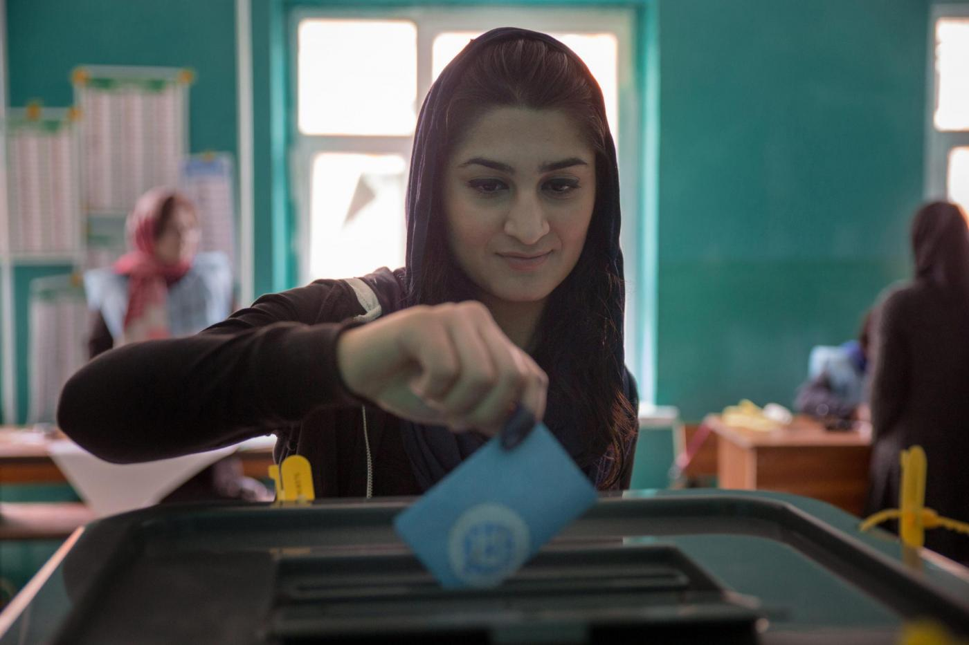 Donne Afghane, Viaggio nella vita quotidiana
