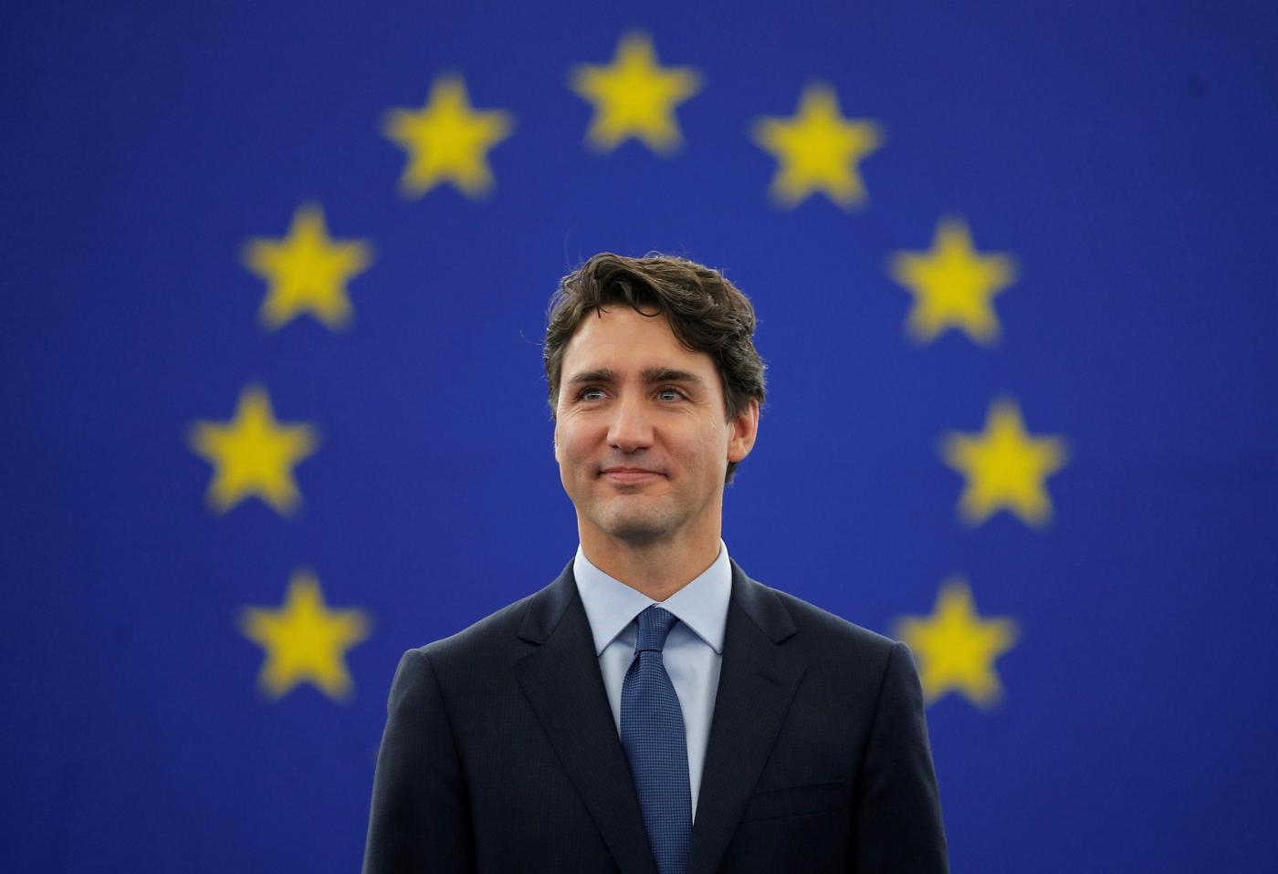 Bruxelles, l'intervento del premier canadese Trudeau al parlamento europeo