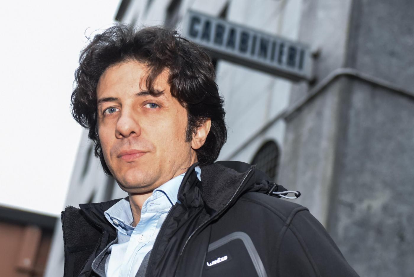 Morte dj Fabo - Marco Cappato dai carabinieri per autodenunciarsi