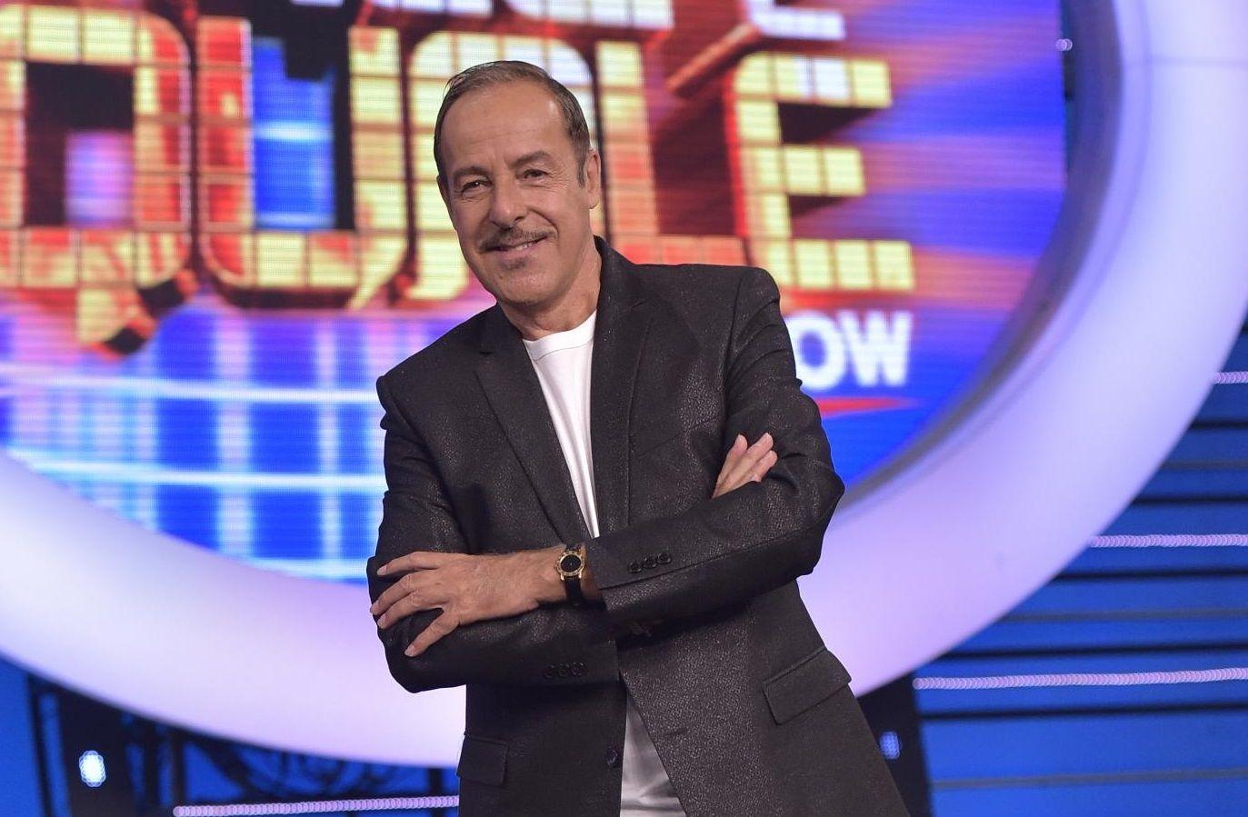 Massimo Lopez, infarto sul palcoscenico e corsa in ospedale: l'attore è fuori pericolo
