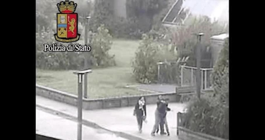 25enne pestato a sangue dal pusher: l'aggressione per 50 euro, arrestati i responsabili