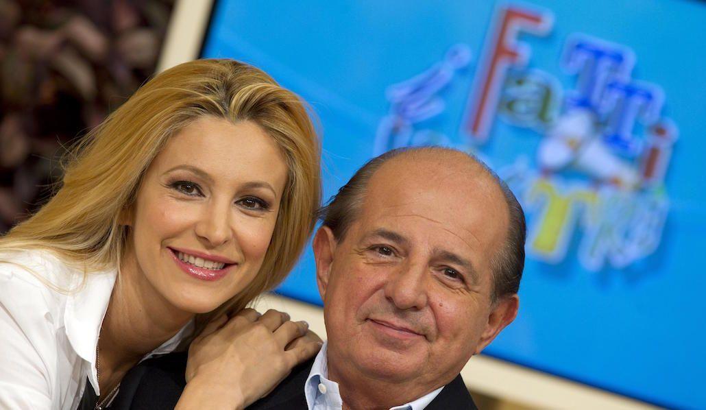 Adriana Volpe – Giancarlo Magalli, la lite continua: botta e risposta su Facebook