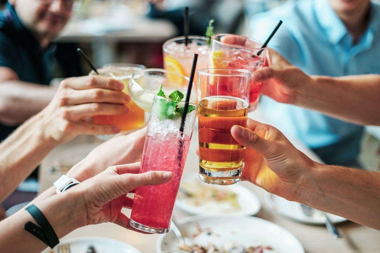 bevande alcooliche junk food da evitare colesterolo