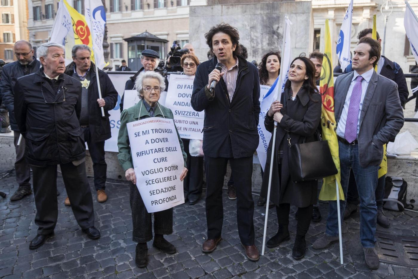 Presidio dei Radicali Italiani per il biotestamento