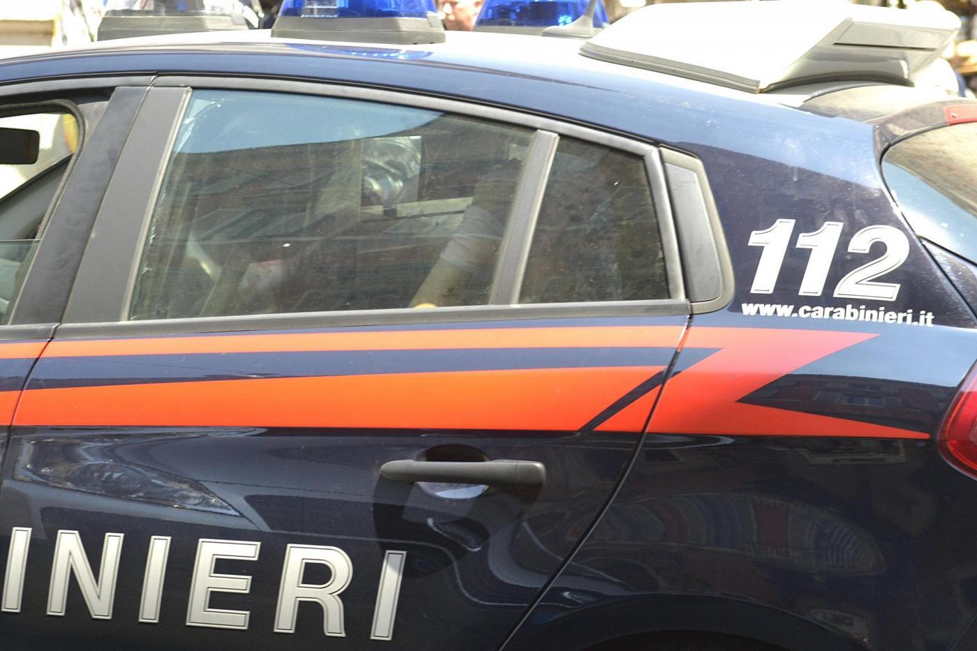 Roma, Carabinieri arrestano tre borseggiatori, via del Corso