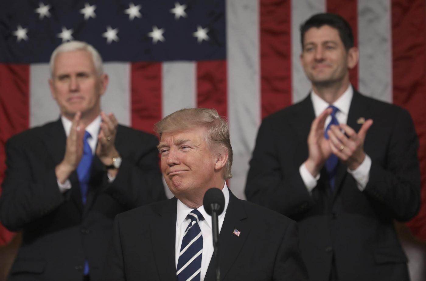 Donald Trump nel discorso al Congresso ha detto 7 bugie (almeno)