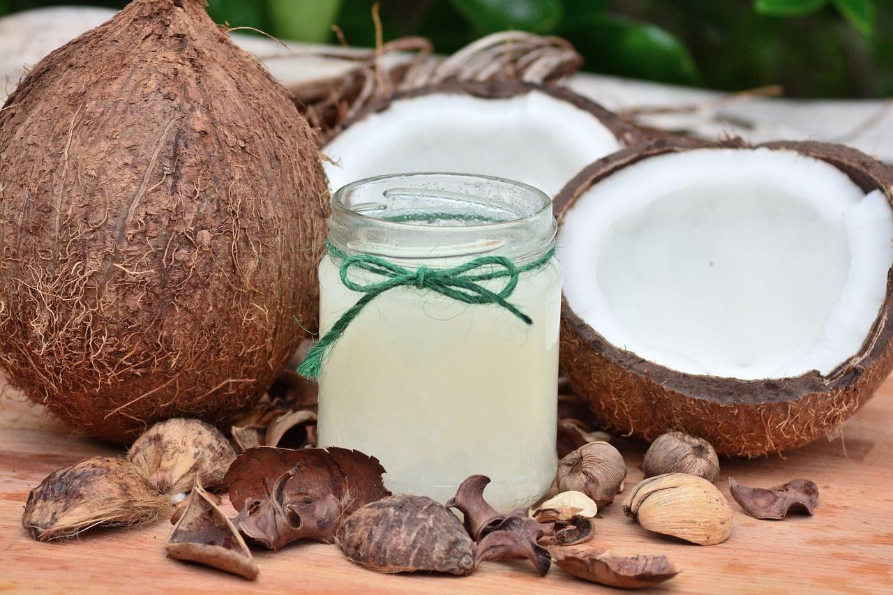 olio cocco palma cibi ricchi colesterolo