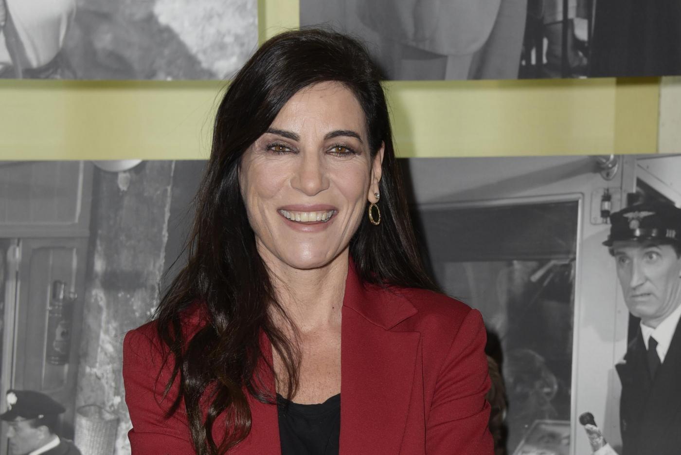 Paola Turci, coming out a metà: 'Mai più con un uomo, ma niente etichette'