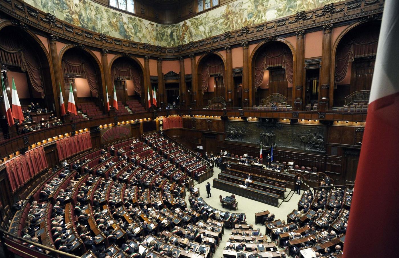 Vitalizi, ex consiglieri regionali diffidano Parlamento dall'abolirli