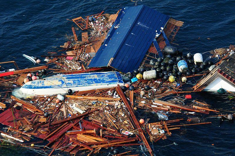 Isola di plastica nel Pacifico, la spazzatura raggiunge un peso record
