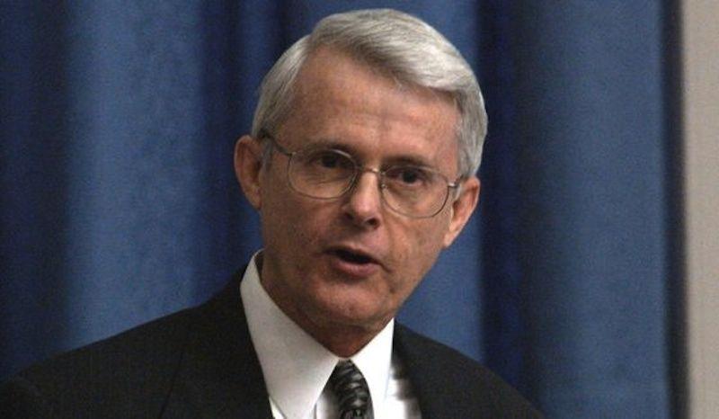 Il Senatore Usa che professa la guerra termonucleare contro la Russia