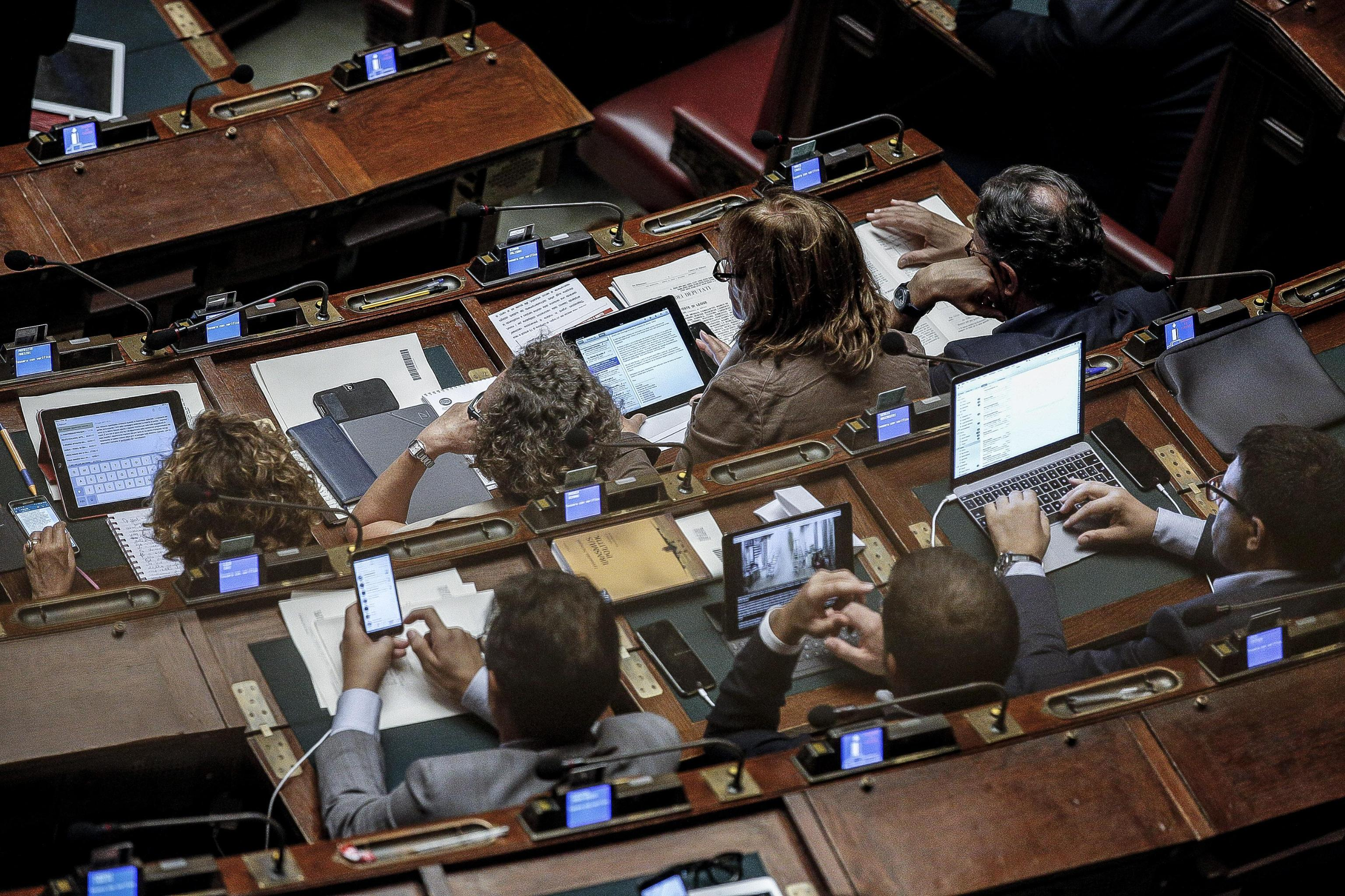 Vitalizi parlamentari: i 21 casi più sconvolgenti ed eclatanti