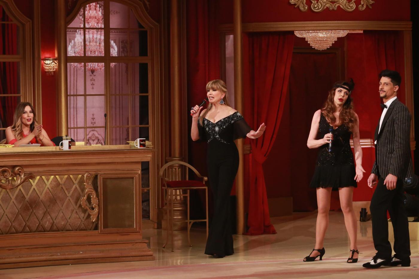 Ballando con le stelle, Alba Parietti e Selvaggia Lucarelli si avviano allo scontro finale: 'O io o lei'