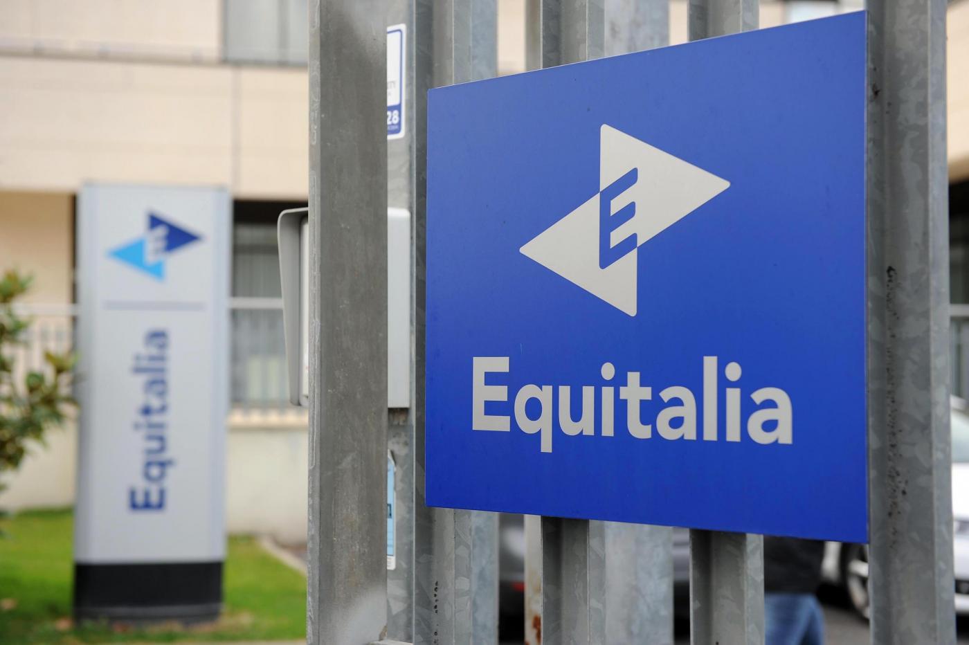 Equitalia, continuano le intimidazioni in tutta Italia