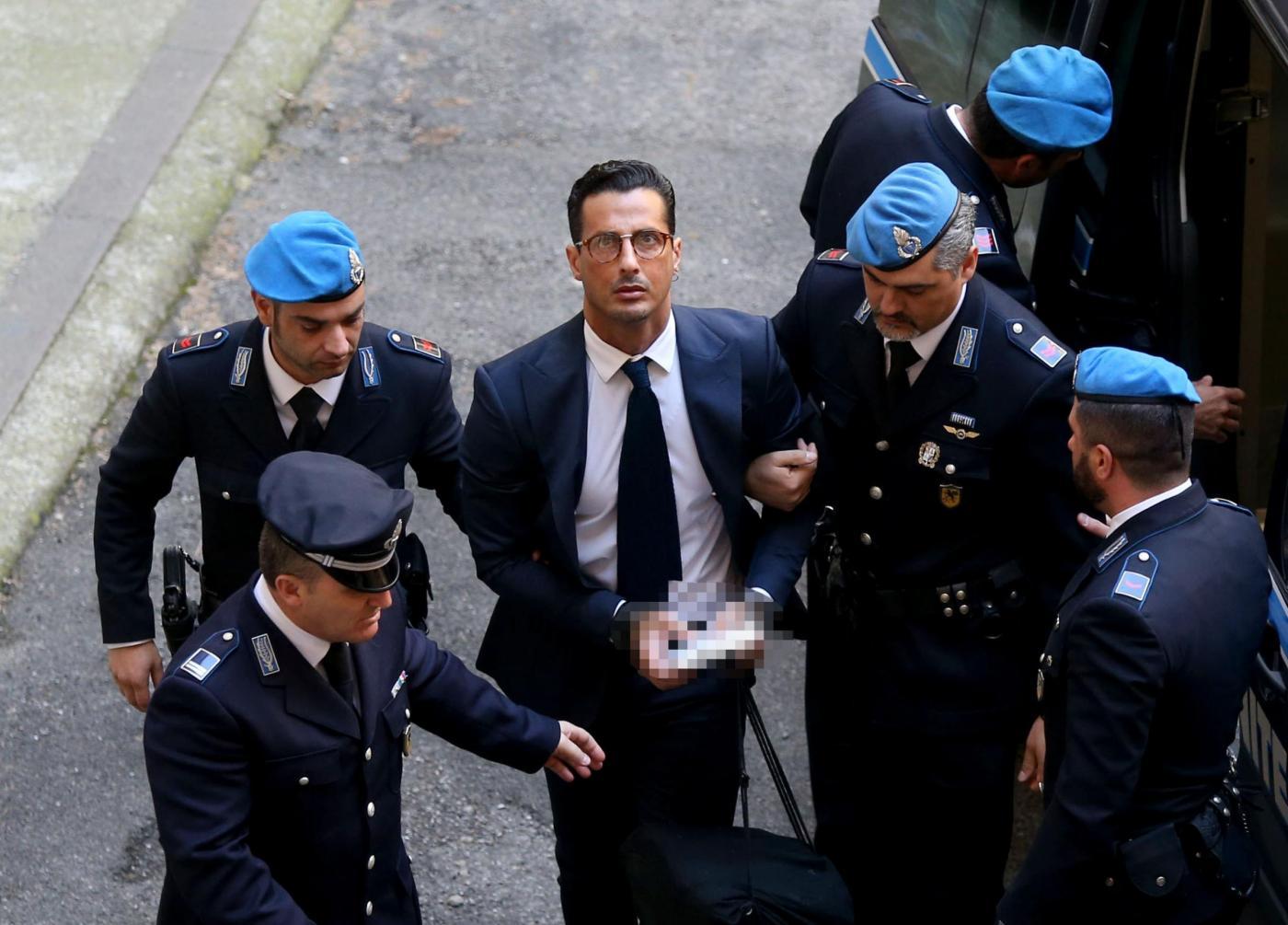 Milano, udienza Processo Corona soldi in nero