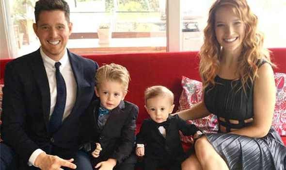 Michael Buble con moglie e figli