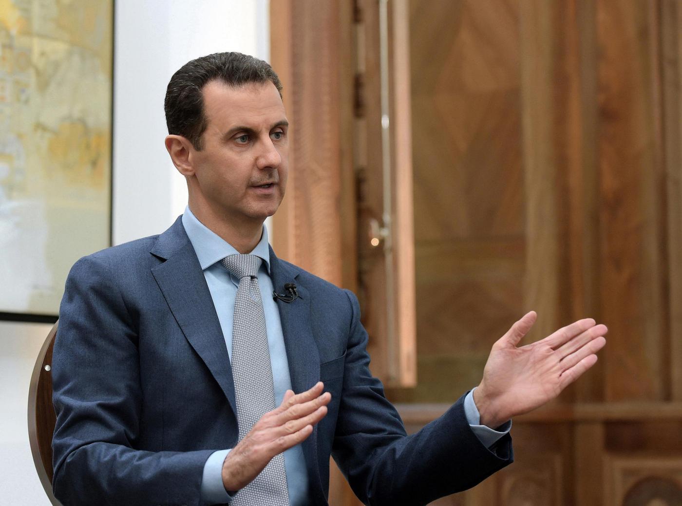 Damasco, Assad e la moglie incontrano donne e bambini