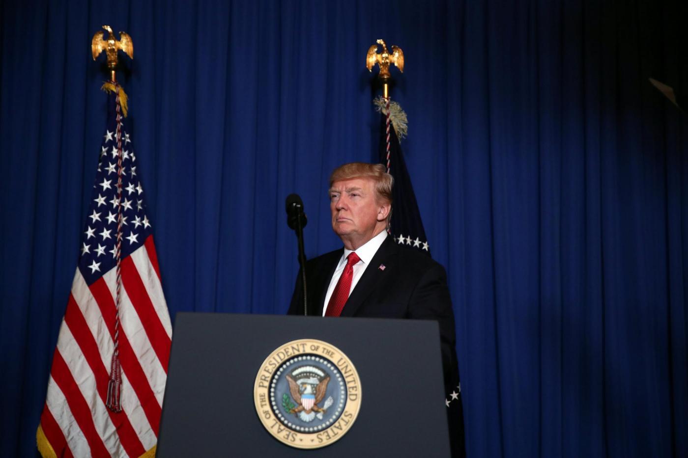 Attacco USA su base arerea in Siria: il discorso di Trump