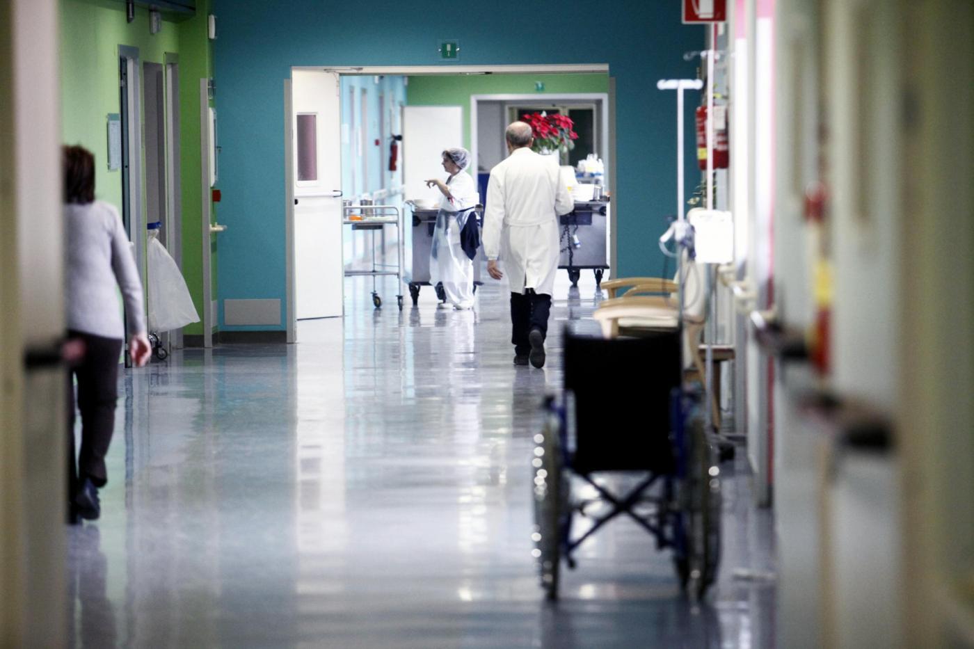 Selfie in ospedale, stop del ministero per medici e infermieri