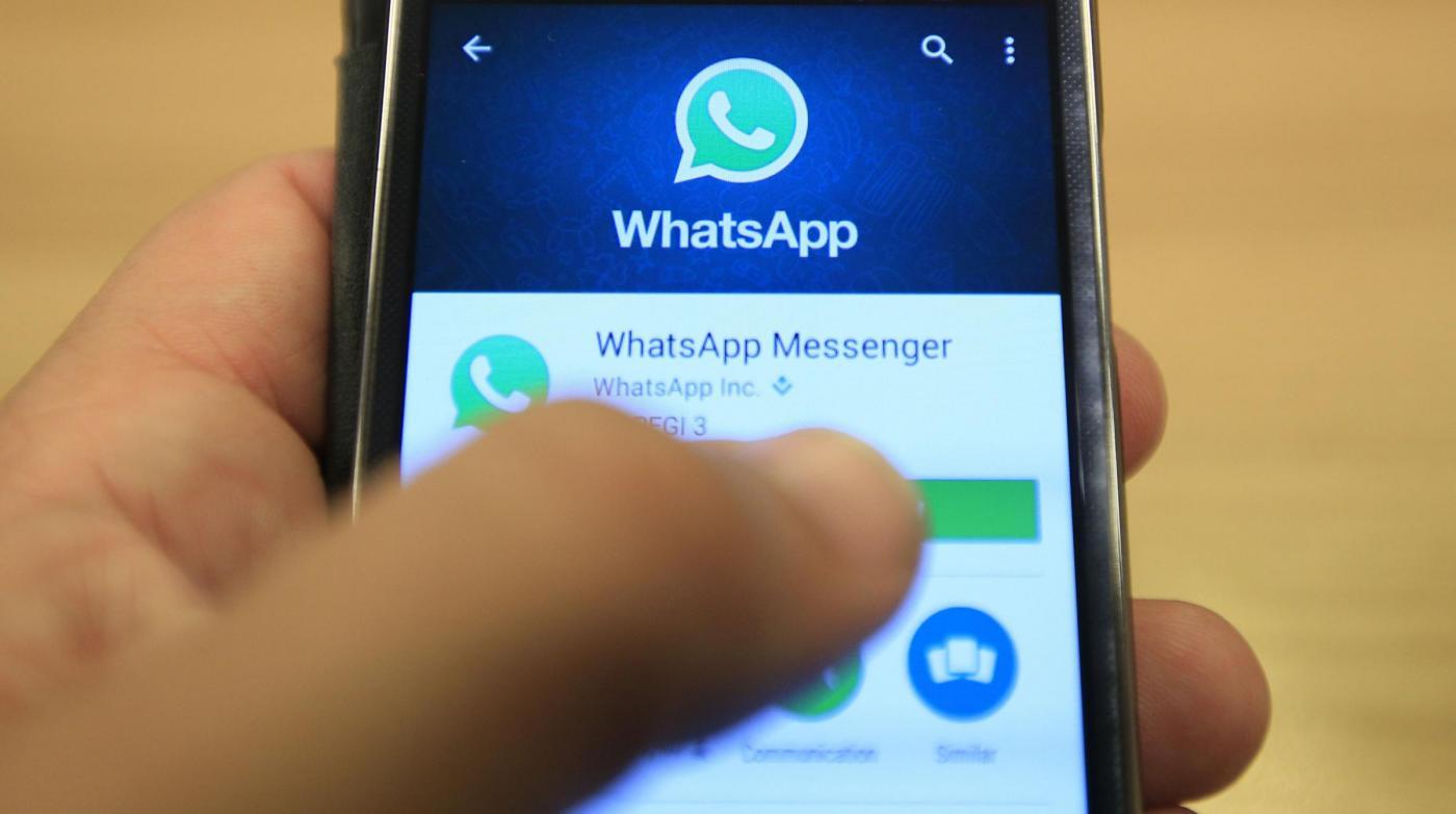 Su WhatsApp nuovo virus, il messaggio via mail infetta i dispositivi