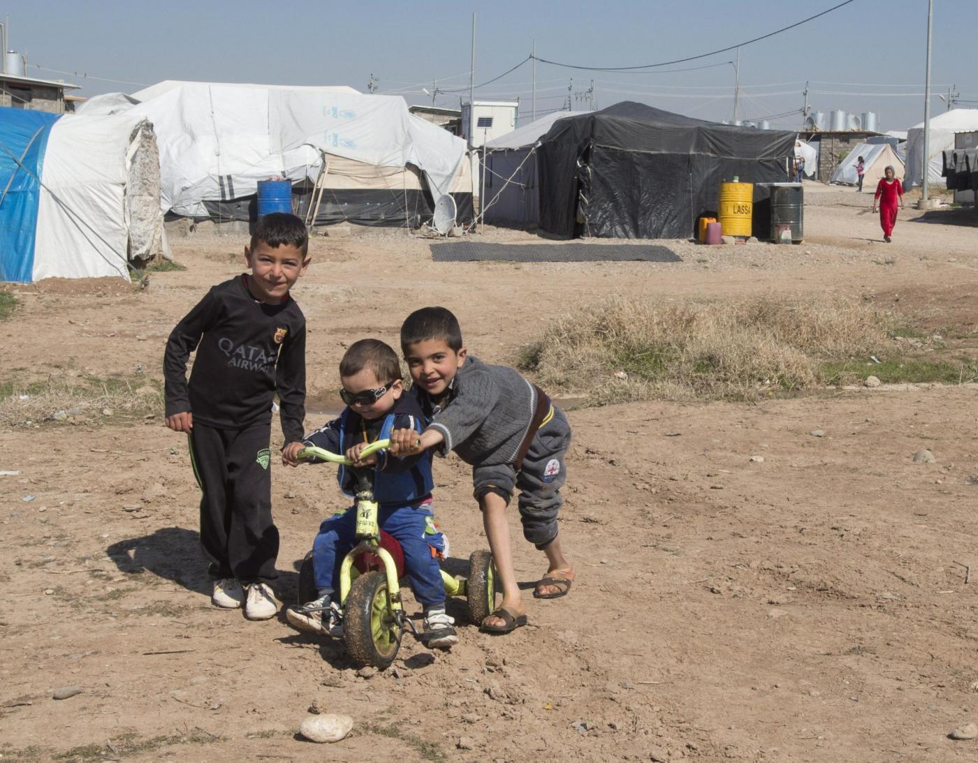 Bimbi yazidi rapiti dall'Isis: «I terroristi sembravano dei mostri»