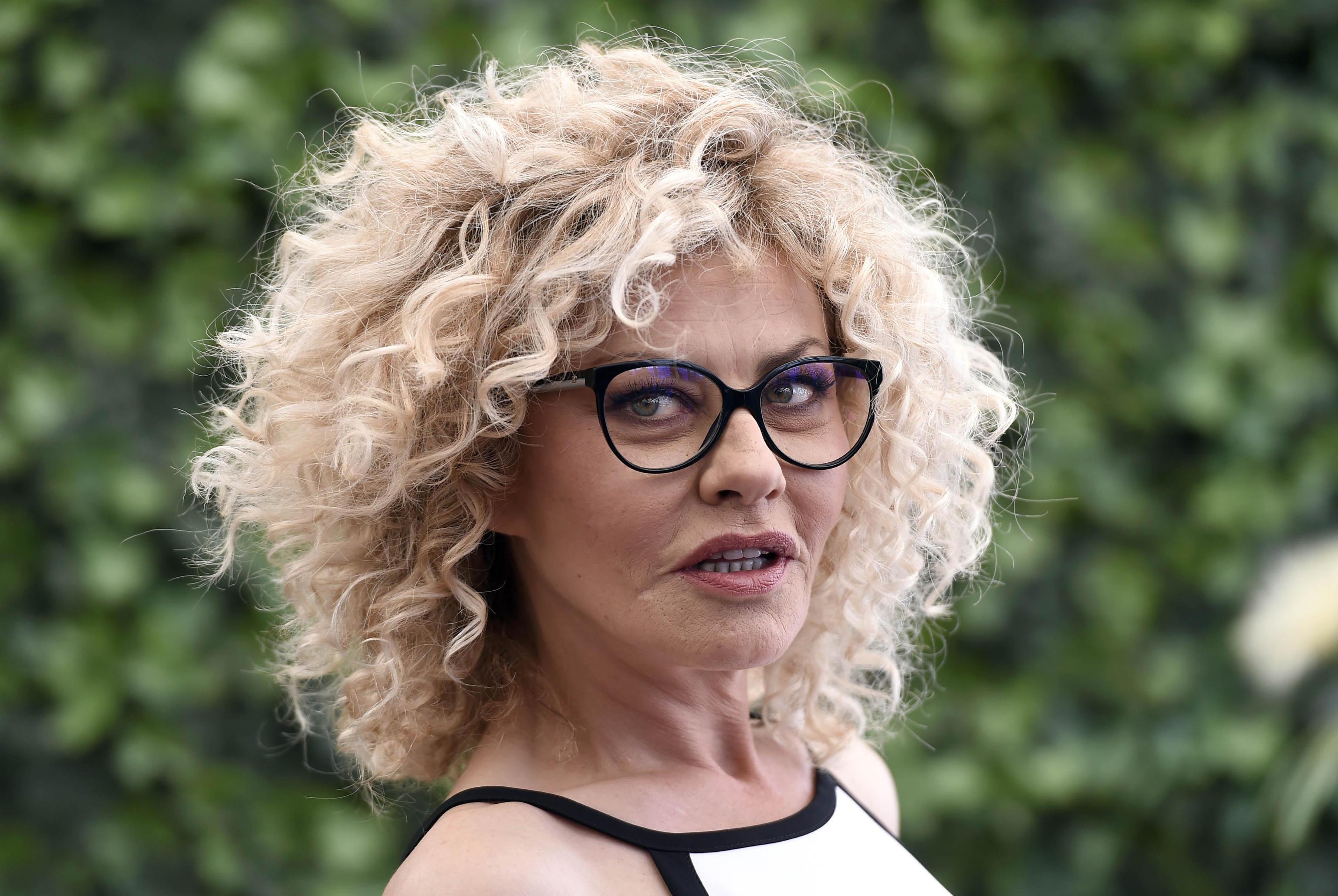 Eva Grimaldi ricorda la mamma: 'All'Isola le ho dimostrato che sono forte'