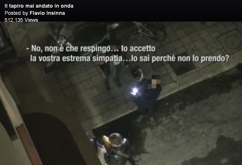 Flavio Insinna: il video della consegna del Tapiro d'oro censurato da Striscia la notizia