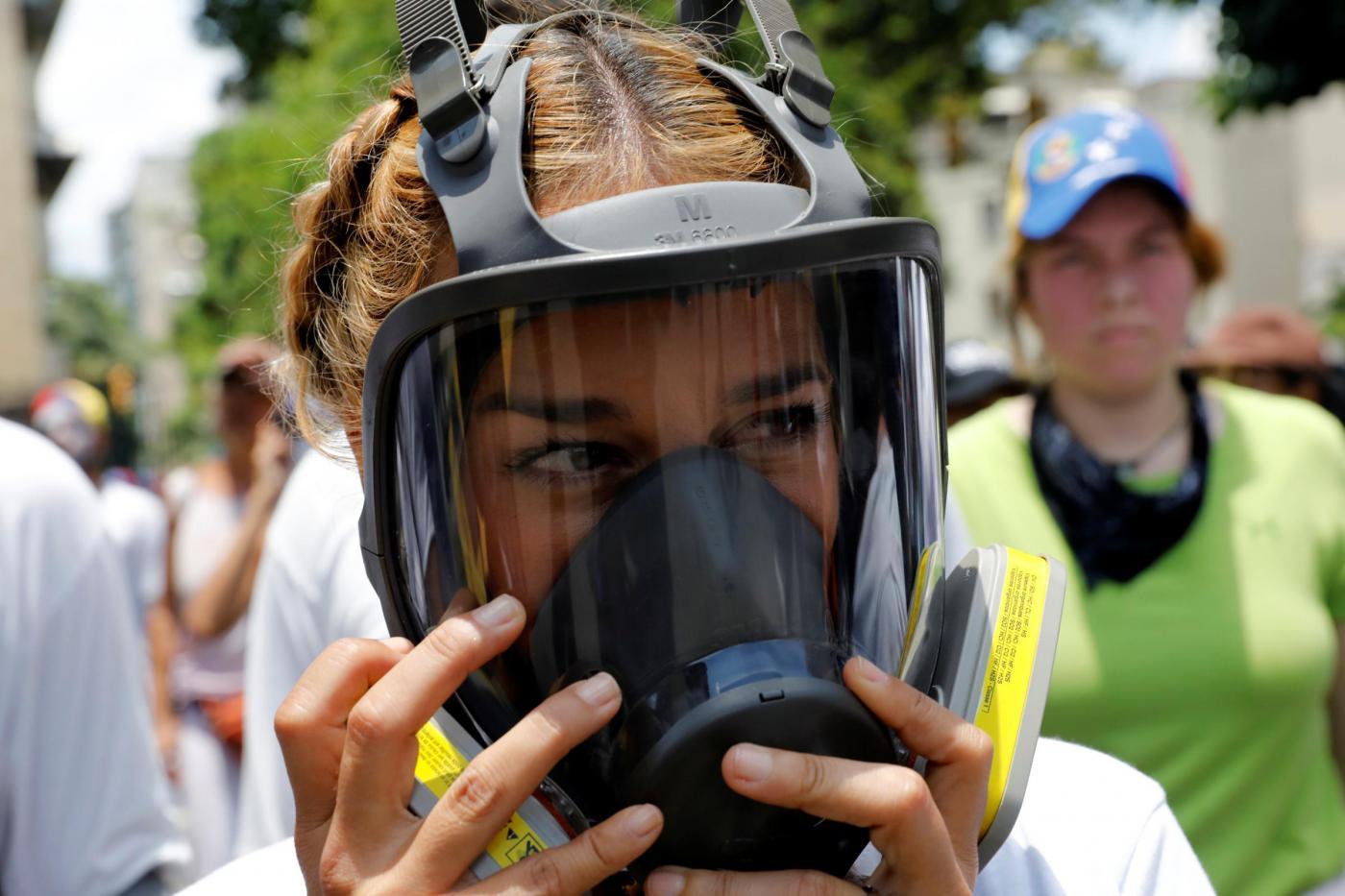 Venezuela, continuano le proteste contro il presidente Nicolas Maduro a Caracas