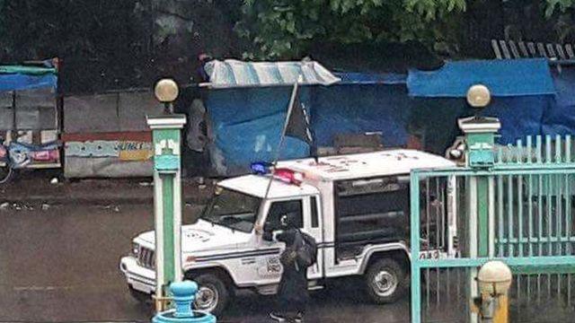 Isis nelle Filippine, ucciso un poliziotto e ferite 8 persone: sventola la bandiera nera