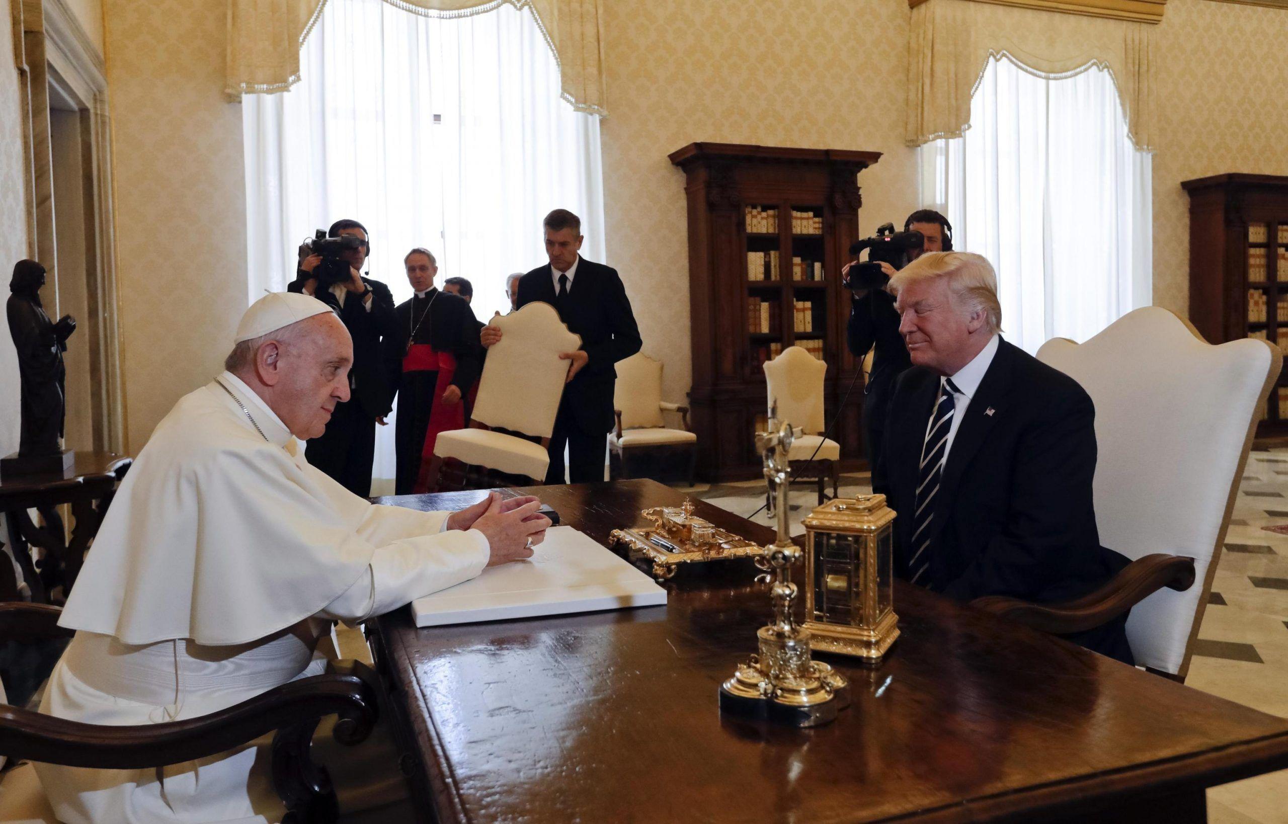 Trump dal Papa: tutti i segnali di tensione fra pontefice e presidente USA