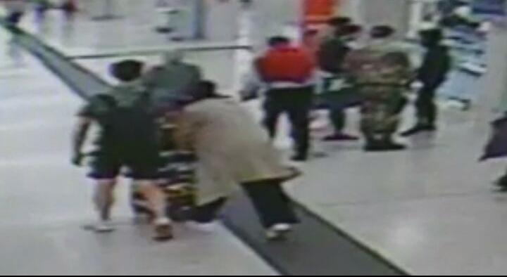 Militari e agente feriti, due ancora in ospedale