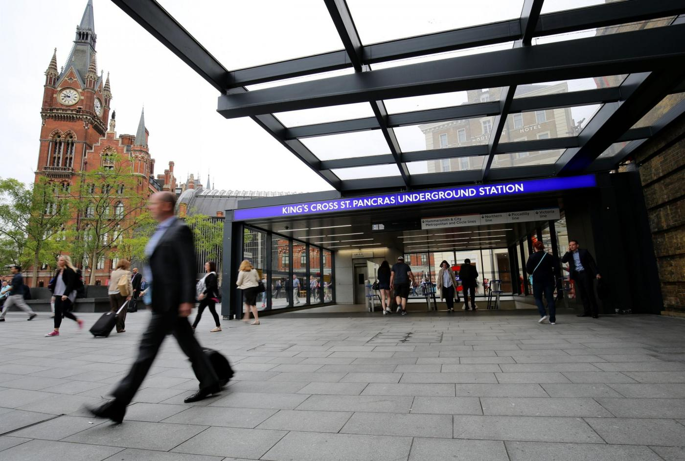 Suicida uno dei sopravvissuti dell'attentato di Londra: «Era stufo del terrorismo»