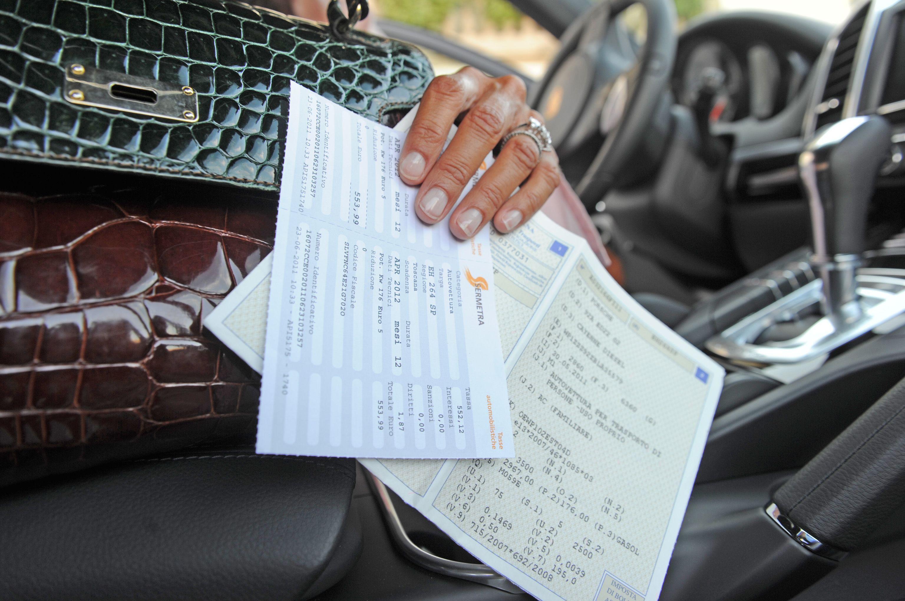 Bollo auto: calcolo, pagamento e scadenza della tassa automobilistica