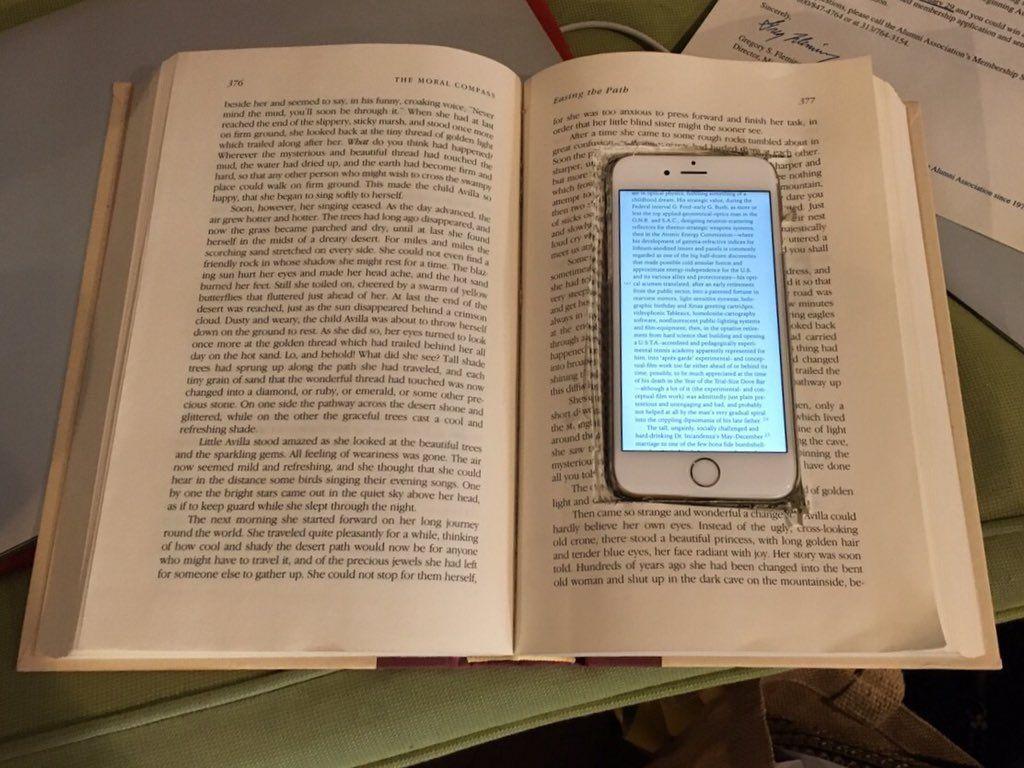 cellulare nel libro