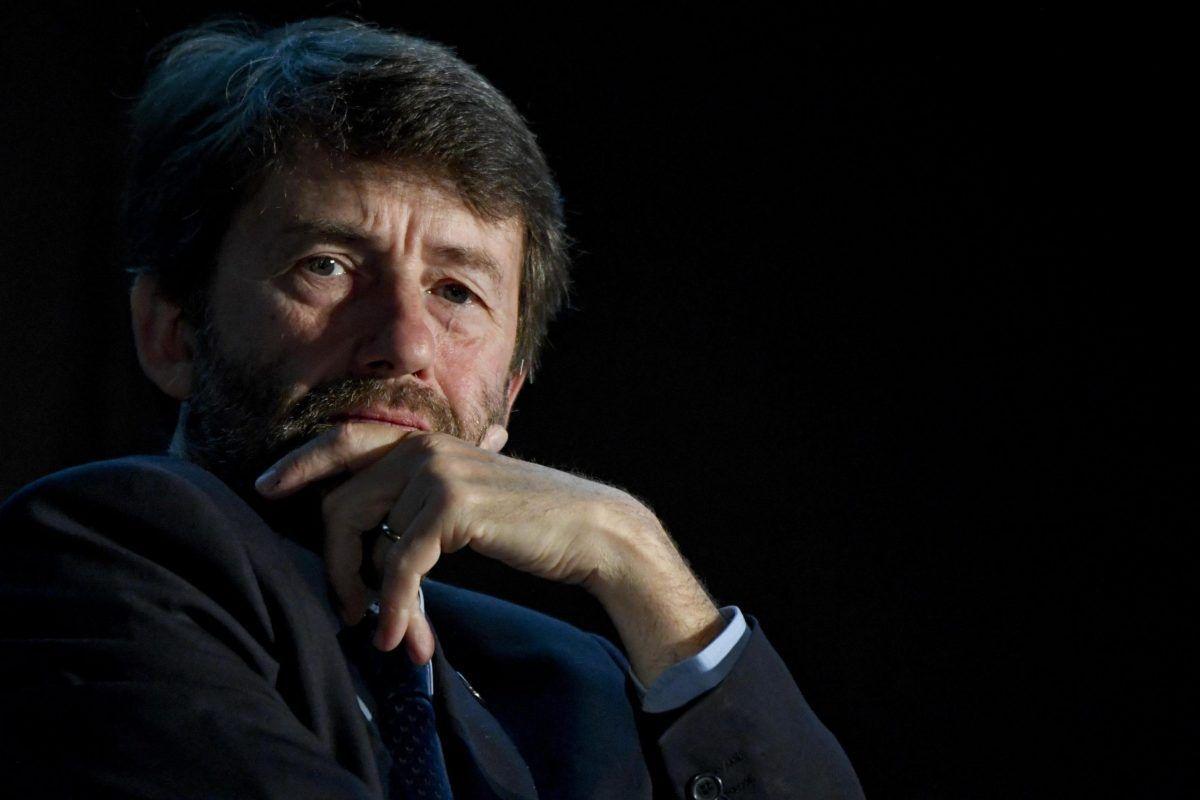 Franceschini rassicura: nel nuovo dpcm, no a limitazioni per cinema e teatri