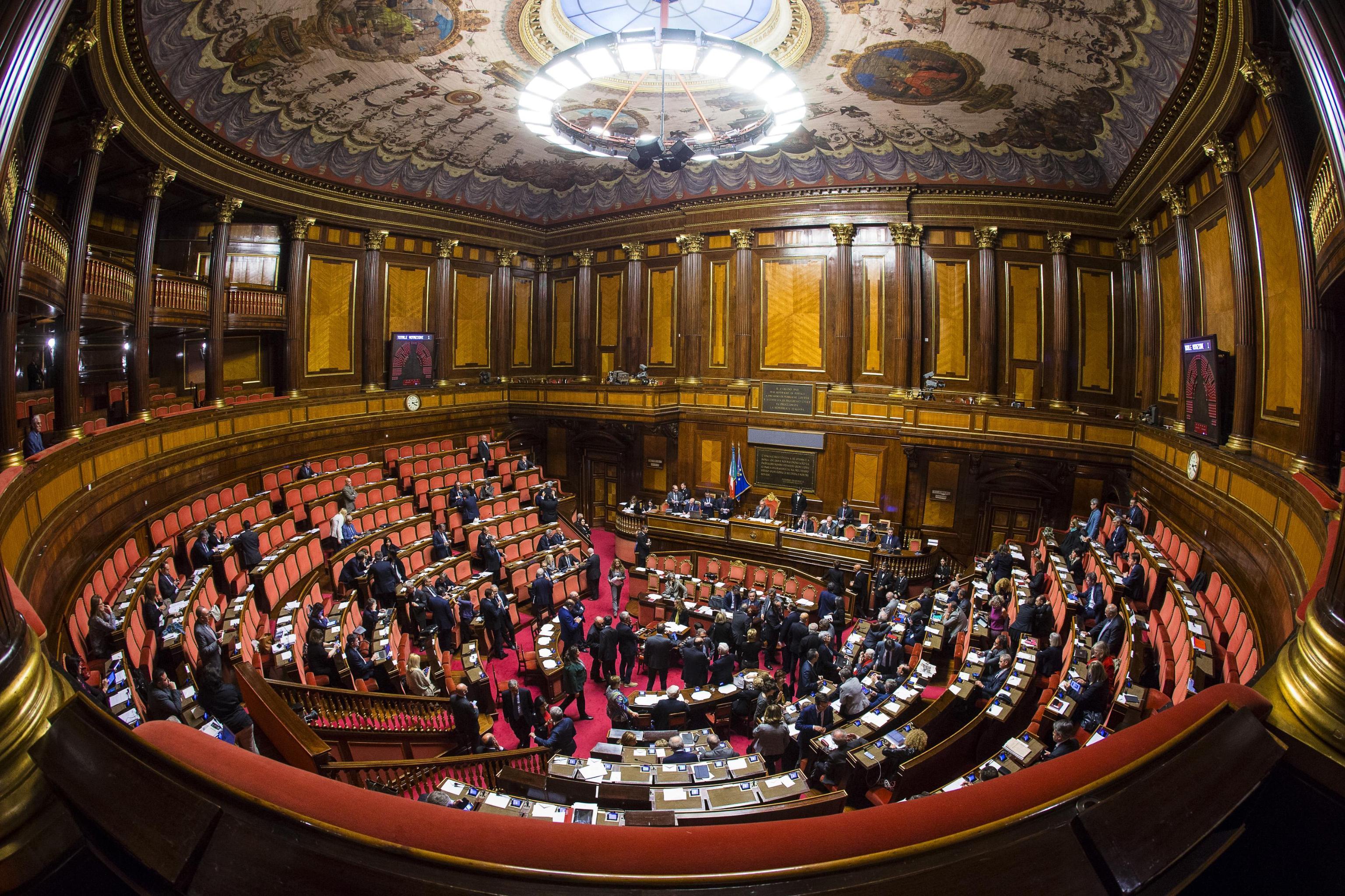 Decreto Minniti sui migranti: cosa cambia con la legge della discordia