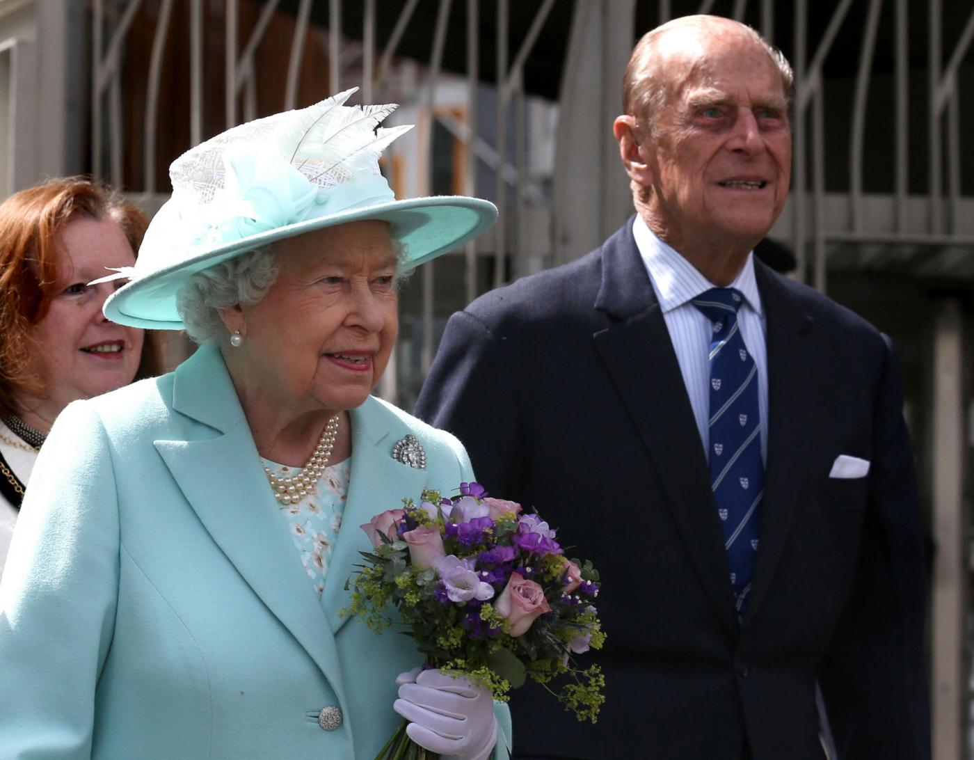 Stop agli impegni ufficiali per il principe Filippo